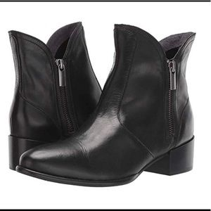Seychelles Black Leather Lucky Penny Bootie Size 8